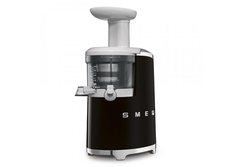 pomalý odšťavňovač smeg SJF01