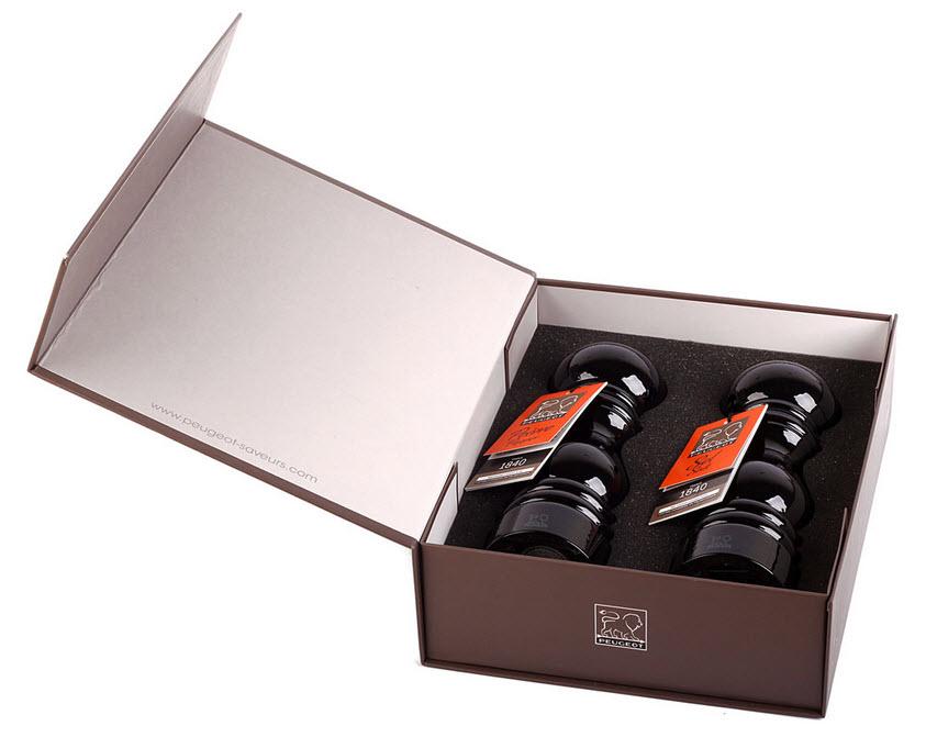 Peugeot Paris set mlýnků na pepř a na sůl černý (30285)
